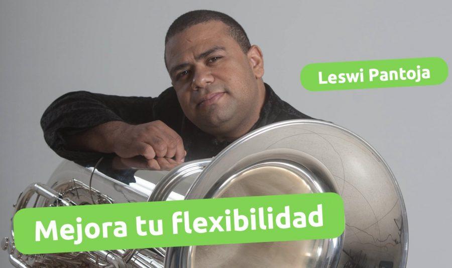Mejora la flexibilidad con este ejercicio del maestro leswi pantoja
